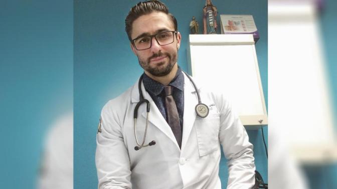 Mexicanas se enferman a propósito para que este medico las cure